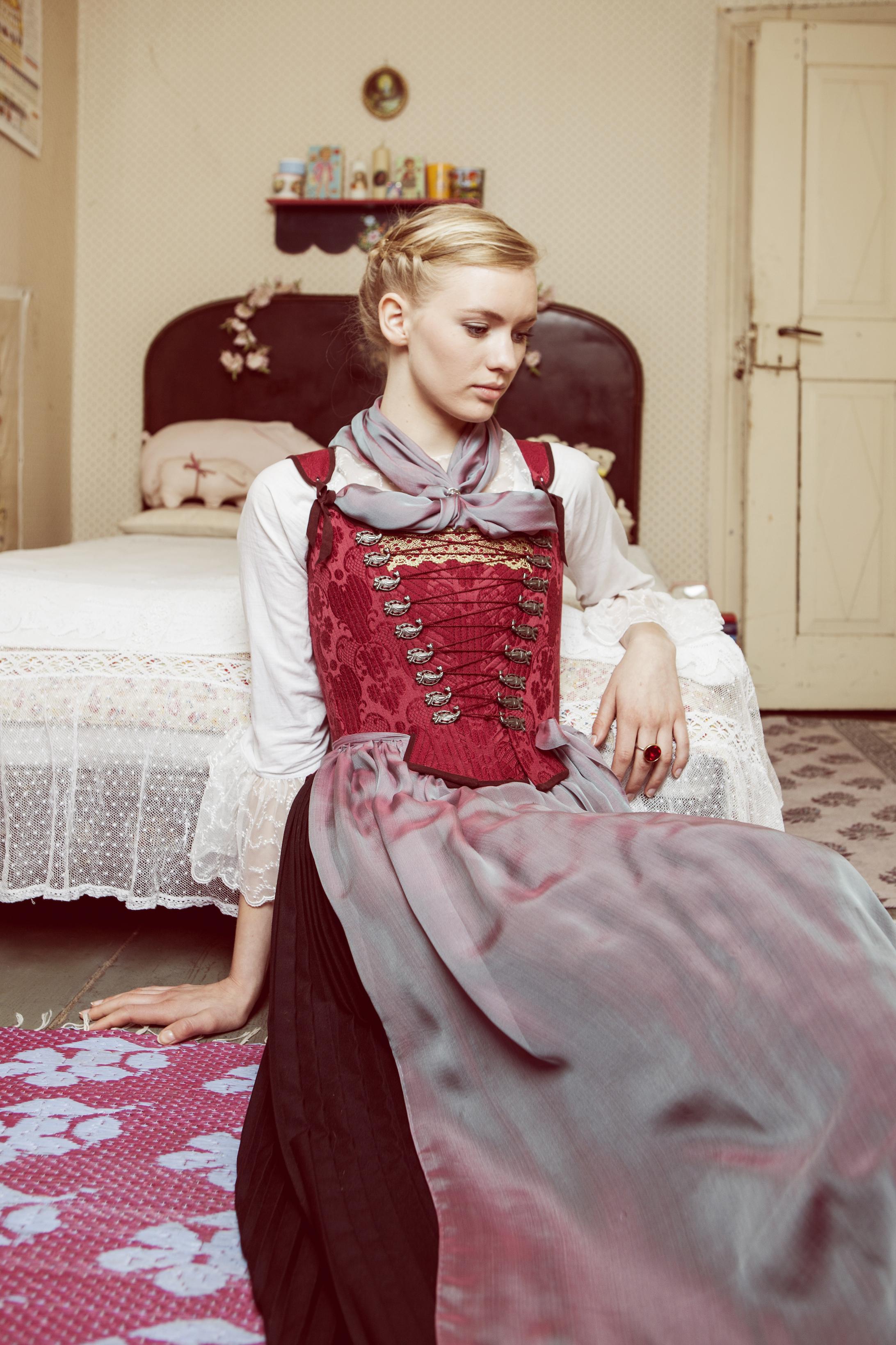 1828 Trachten Janina Lindner (c) Viola Schuetz high res